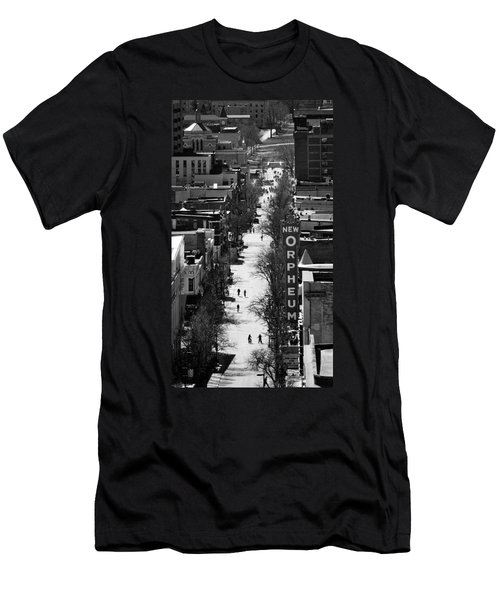 State Street - Madison - Wisconsin Men's T-Shirt (Athletic Fit)