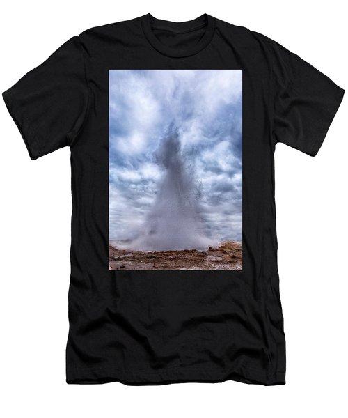 Strokkur - Iceland Men's T-Shirt (Athletic Fit)