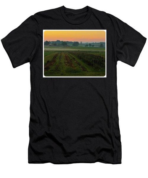 Sunrise On The Farm Men's T-Shirt (Athletic Fit)