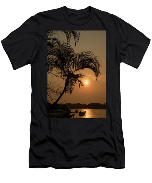 sunset Huong river Men's T-Shirt (Athletic Fit)