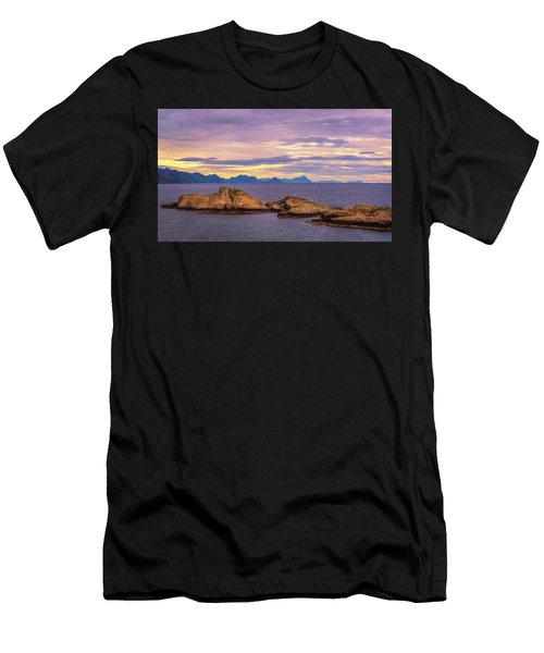 Sunset In The North Men's T-Shirt (Athletic Fit)