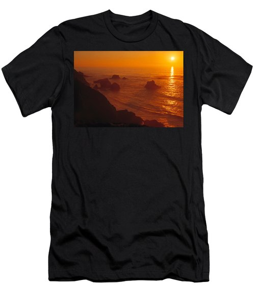 Sunset Over The Pacific Ocean Men's T-Shirt (Slim Fit) by Utah Images
