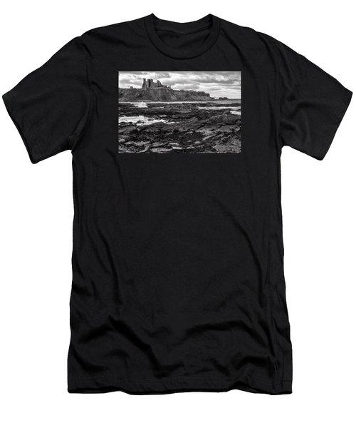 Tantallon Castle Men's T-Shirt (Athletic Fit)