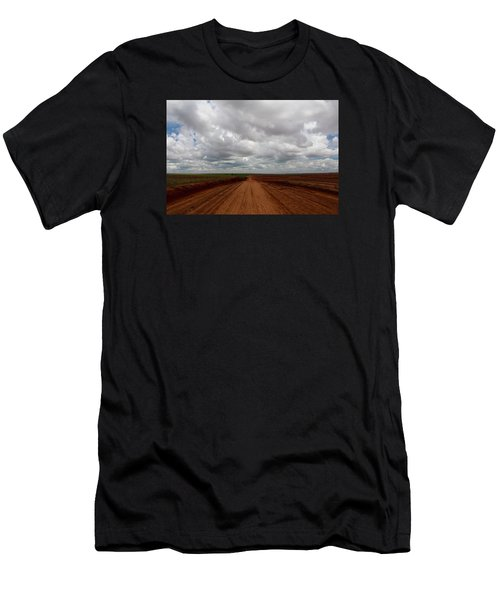 Texas Red Road Men's T-Shirt (Athletic Fit)