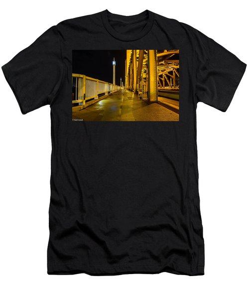 Tower Bridge  Men's T-Shirt (Athletic Fit)