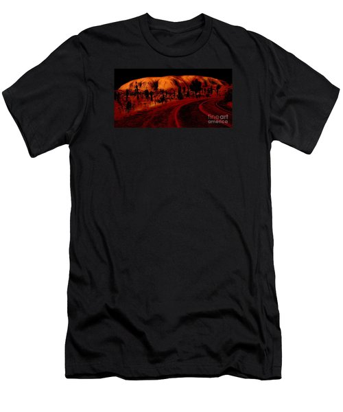 Uluru Sunrise Men's T-Shirt (Athletic Fit)
