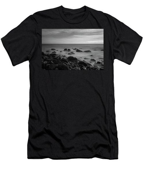 Ventnor Coast Men's T-Shirt (Athletic Fit)