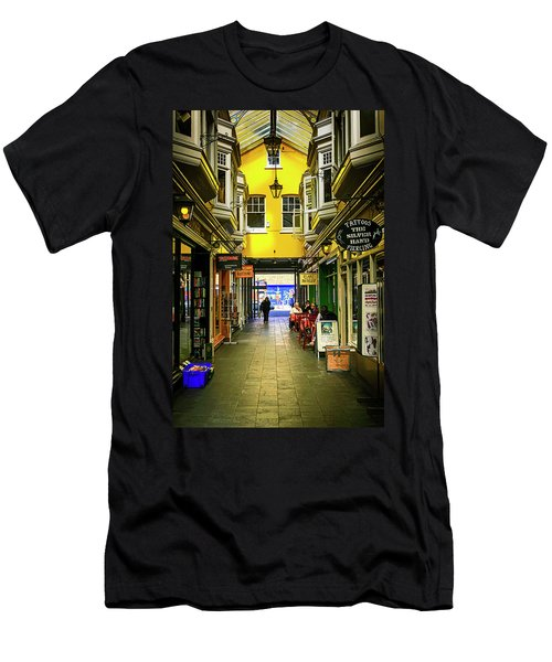 Windham Shopping Arcade Cardiff Men's T-Shirt (Athletic Fit)