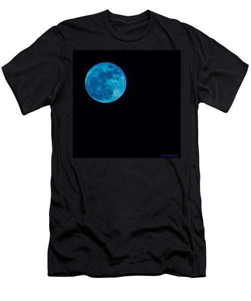 Yes, Once In A #bluemoon! Men's T-Shirt (Athletic Fit)