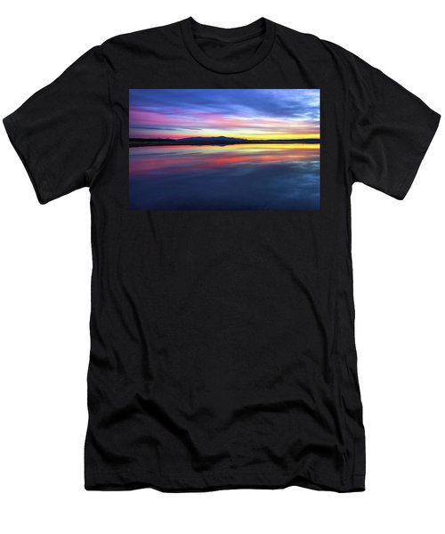 Lake Winnipesaukee - Layers Men's T-Shirt (Athletic Fit)
