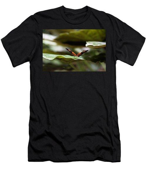 1527 Men's T-Shirt (Athletic Fit)