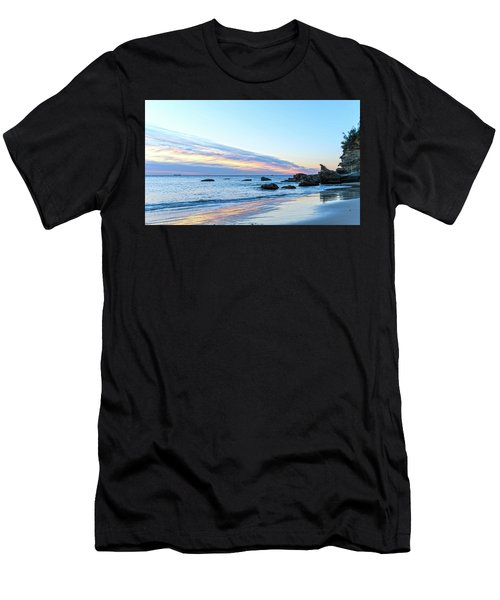 Rocky Daybreak Seascape Men's T-Shirt (Athletic Fit)