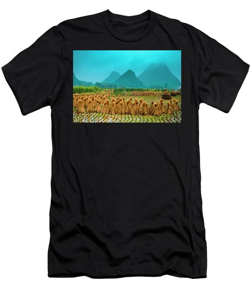 Beautiful Countryside Scenery In Autumn Men's T-Shirt (Athletic Fit)