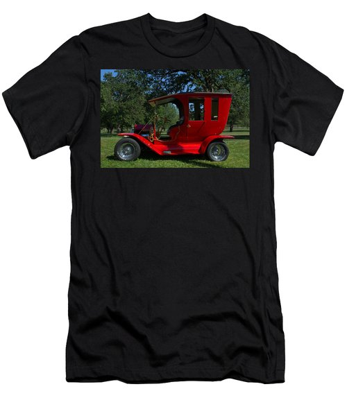 1909 Ford Model T Limo Custom Hot Rod Men's T-Shirt (Athletic Fit)