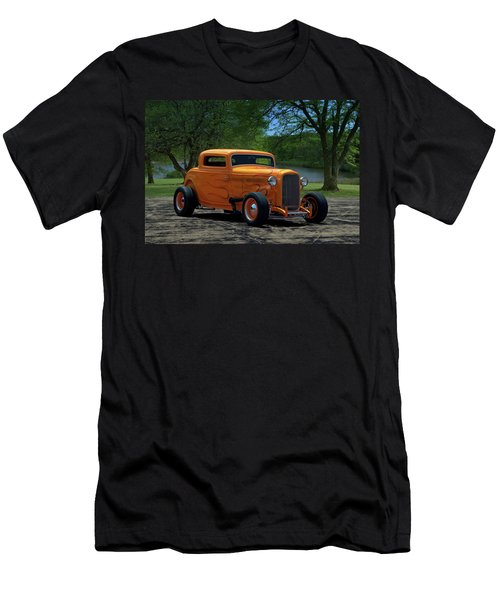 1932 Ford Coupe Hot Rod Men's T-Shirt (Athletic Fit)