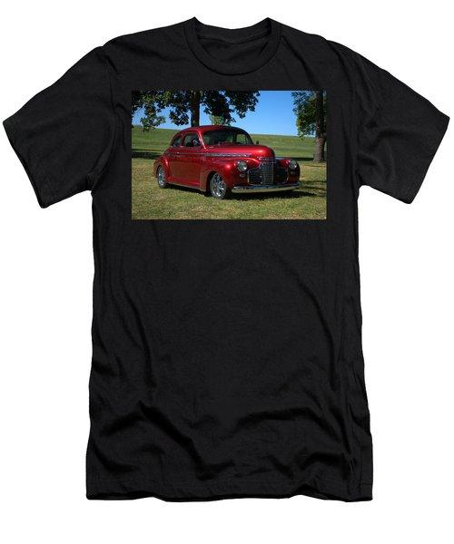 1941 Chevrolet Custom Street Rod Men's T-Shirt (Athletic Fit)