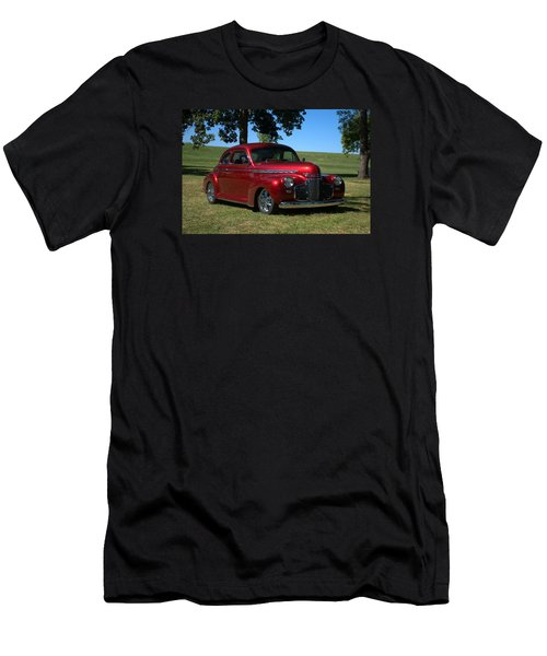1941 Chevrolet Custom Street Rod Men's T-Shirt (Athletic Fit)