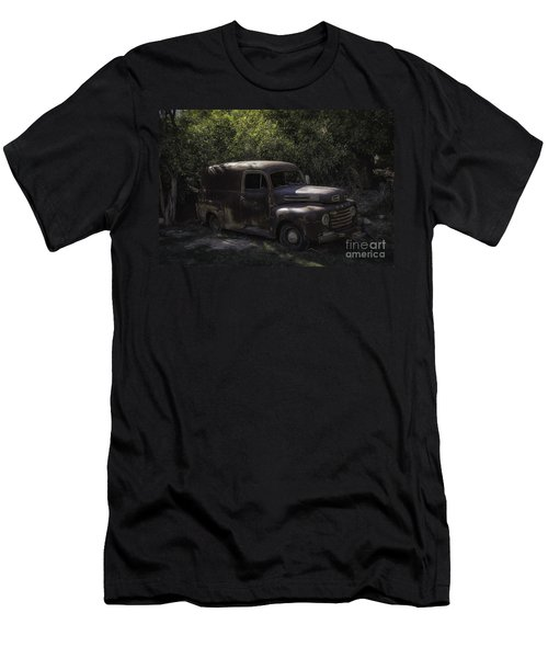 1950 Ford Panel Truck  Men's T-Shirt (Athletic Fit)