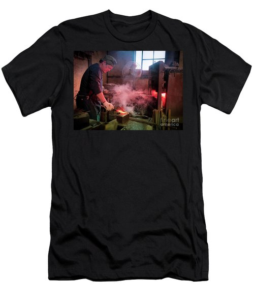 4th Generation Blacksmith, Miki City Japan Men's T-Shirt (Athletic Fit)