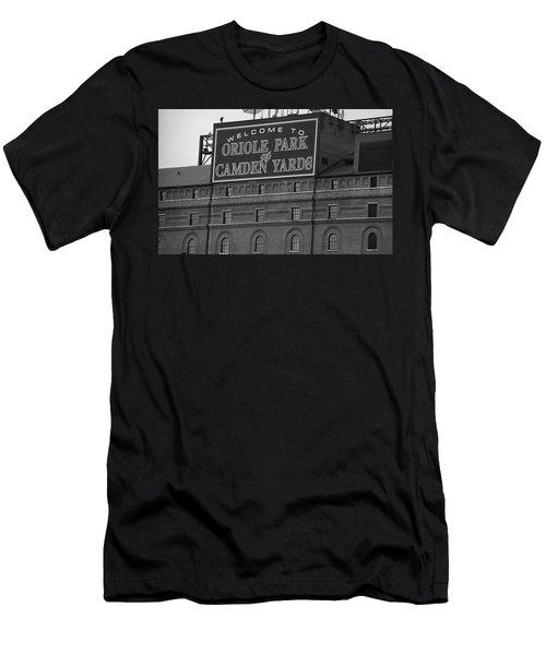 Baltimore Orioles Park At Camden Yards Bw Men's T-Shirt (Athletic Fit)