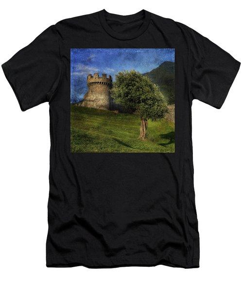 Castle Men's T-Shirt (Athletic Fit)