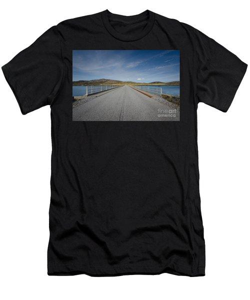 Eriskay Men's T-Shirt (Athletic Fit)
