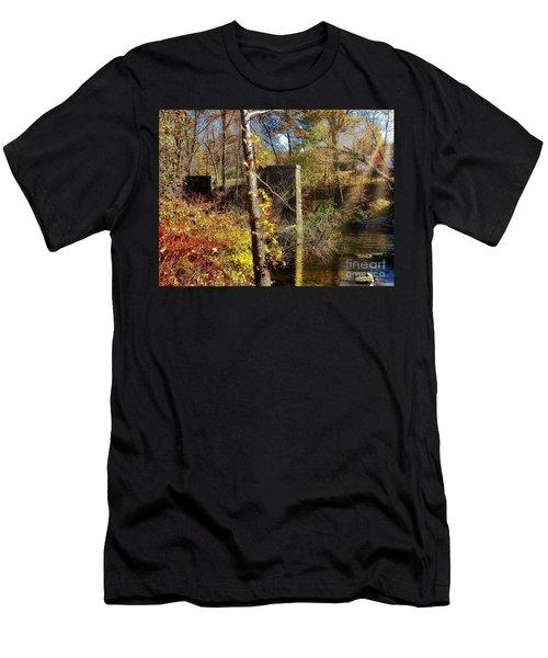 Northeast Men's T-Shirt (Athletic Fit)