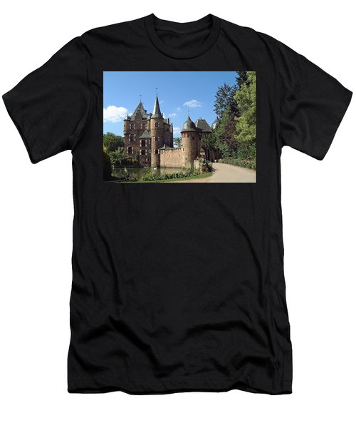 Satzvey Castle Men's T-Shirt (Athletic Fit)