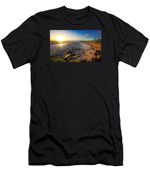 3 Degrees Below The Sun Men's T-Shirt (Slim Fit) by Robert Och