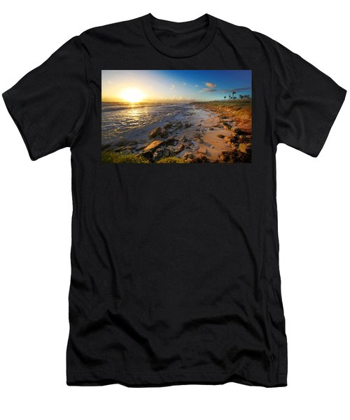 3 Degrees Below The Sun Men's T-Shirt (Athletic Fit)