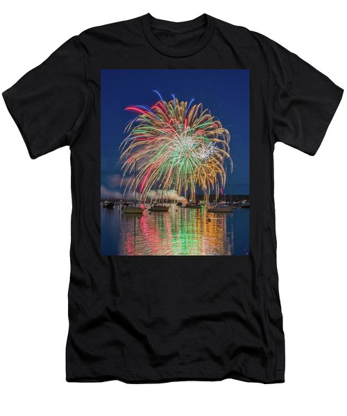Independence Day Fireworks In Boothbay Harbor Men's T-Shirt (Athletic Fit)