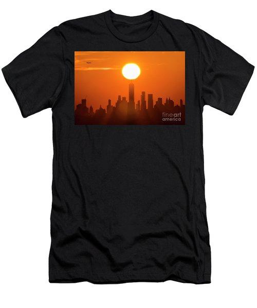 New York City Sunrise Men's T-Shirt (Athletic Fit)