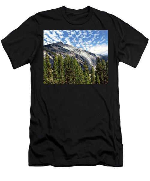 Yosemite National Park Men's T-Shirt (Athletic Fit)
