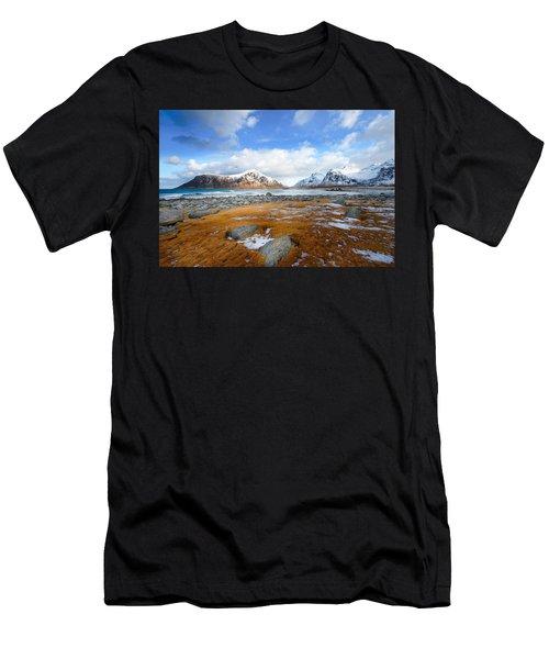 32 Blues Men's T-Shirt (Athletic Fit)