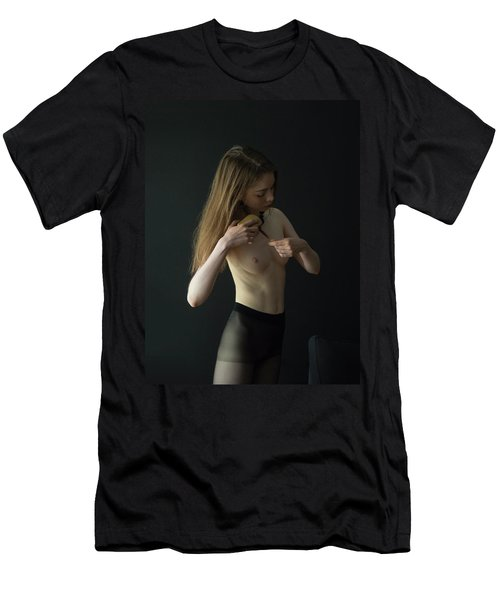 Young Woman In Pantyhose  Men's T-Shirt (Athletic Fit)