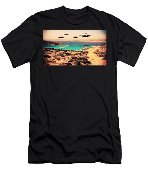 Ufo Sighting Men's T-Shirt (Athletic Fit)