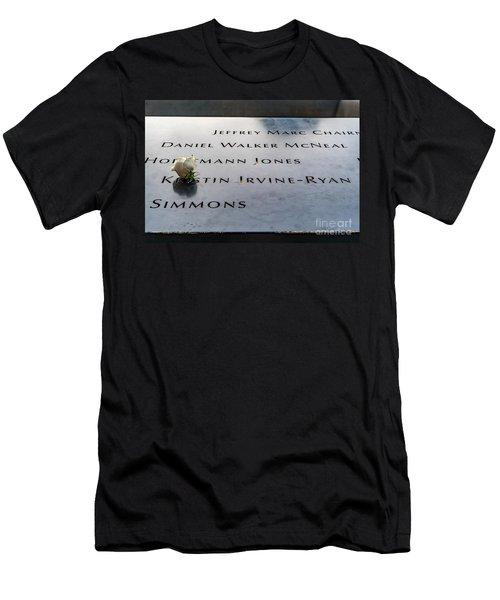 9-11 Remembrance Men's T-Shirt (Athletic Fit)