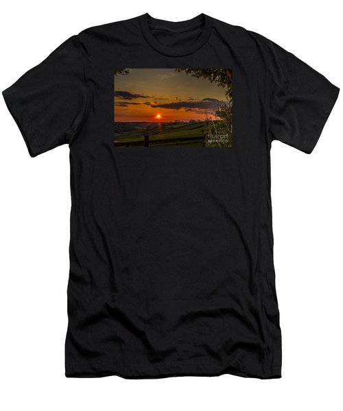 A Beautiful Sunset Over The Surrey Hills Men's T-Shirt (Athletic Fit)