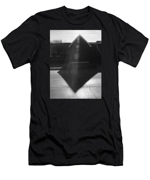 Black Sabbath  Men's T-Shirt (Athletic Fit)