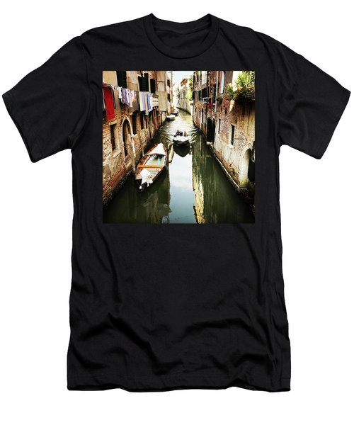 A Corner In Venice Men's T-Shirt (Athletic Fit)