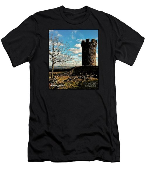 A Day At  Craigs  Castle   Men's T-Shirt (Athletic Fit)