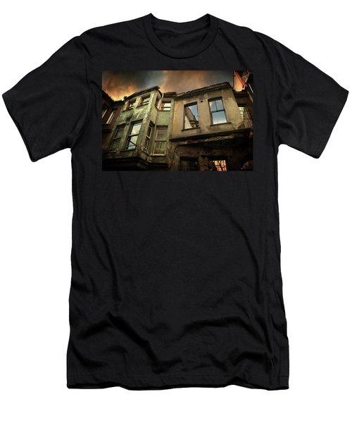A Day In Balat Men's T-Shirt (Athletic Fit)