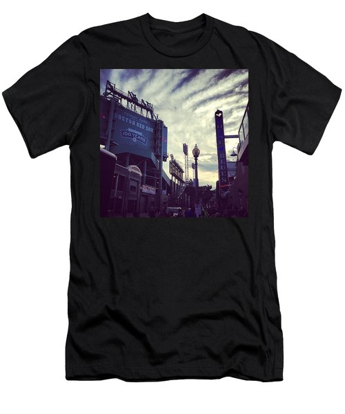 A Fine Night Is Upon Us #beantown Men's T-Shirt (Athletic Fit)