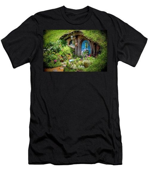 A Pretty Hobbit Hole Men's T-Shirt (Athletic Fit)