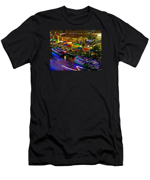 A San Antonio River Walk Christmas Men's T-Shirt (Athletic Fit)