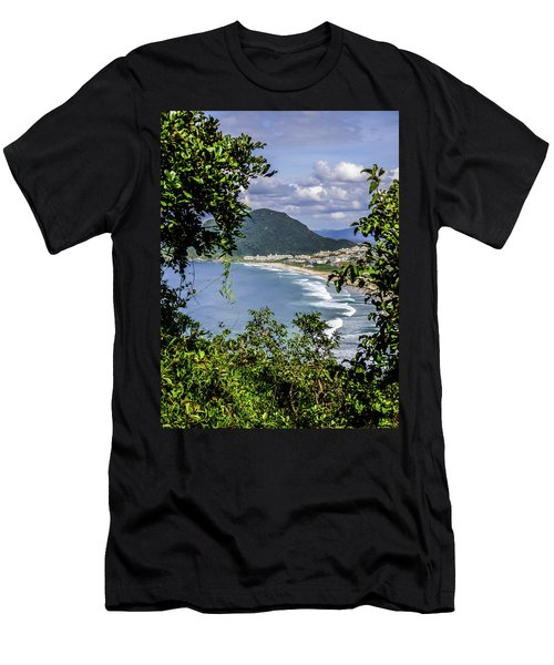 A View Of The Beach Men's T-Shirt (Athletic Fit)