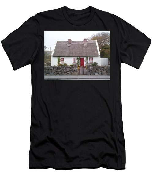 A Wee Small Cottage Men's T-Shirt (Athletic Fit)