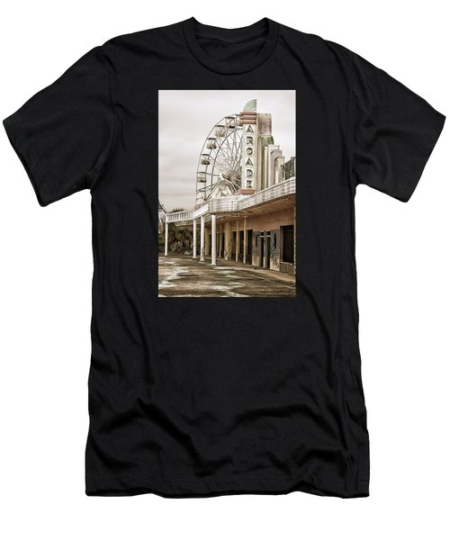 Abandoned Arcade And Ferris Wheel Men's T-Shirt (Athletic Fit)