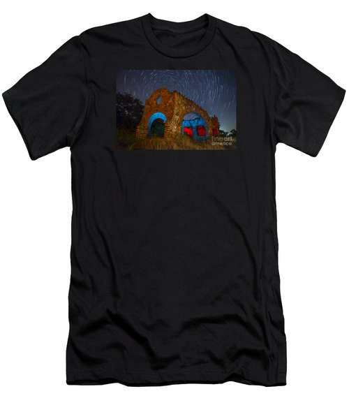 Abandoned Outlaw Gas Station Men's T-Shirt (Athletic Fit)