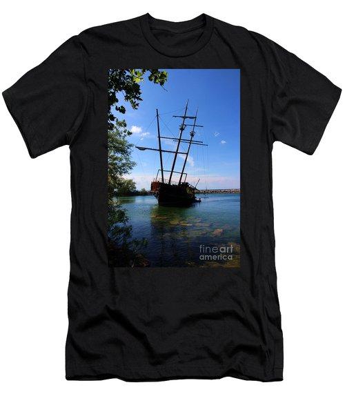 Abandoned Ship Men's T-Shirt (Slim Fit) by Al Bourassa